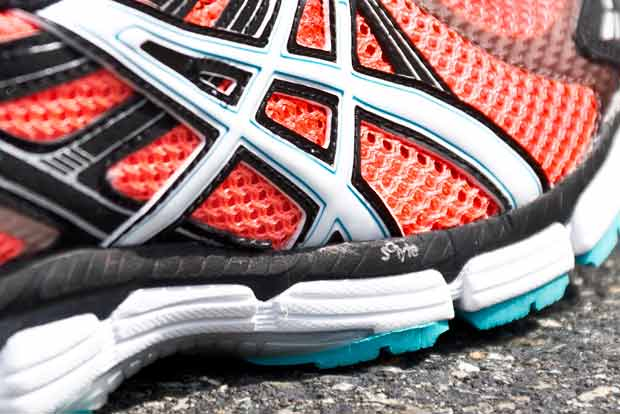 ASICS GT 2000 running shoe review